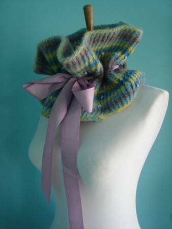 Knitted neck thing by LUBEE on craftster